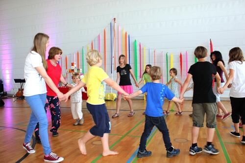 a Pfingstmontag 2014 Hlbr. Tanz der Kinder