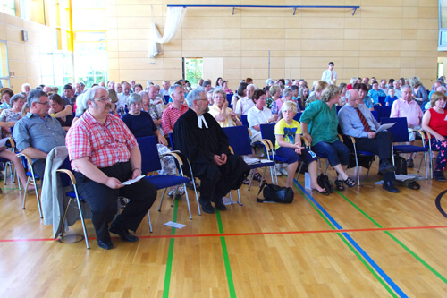 a Pfingstmontag Hlbr Gottesdienst Hohenzollernhalle