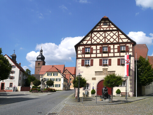 a Marktplatz Merkendorf