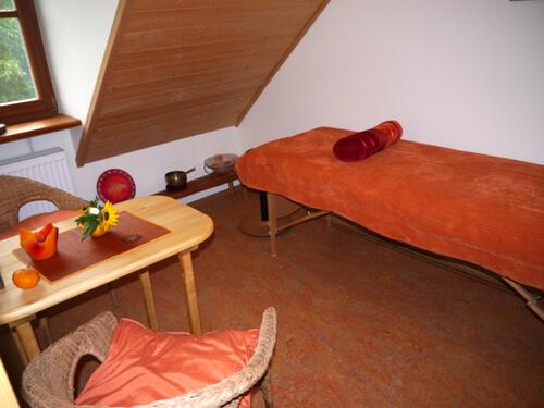 a Behandlungszimmer Renate Strauß