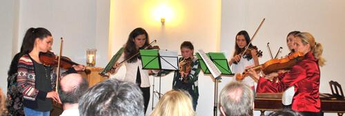 a Geigenensemble