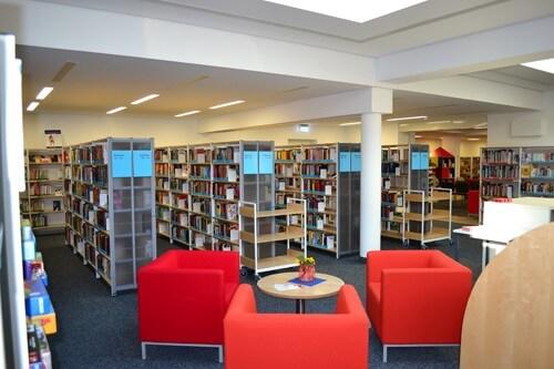 a Neuendettelsau - Bücherei-Neueröffnung 014